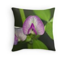 WILDFLOWER VINE Throw Pillow