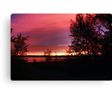 Red sky at Night - Sailors Delight Canvas Print