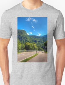 Obertraun walks 4 T-Shirt