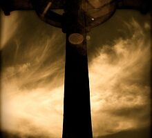 At the foot of the cross by micrensoi