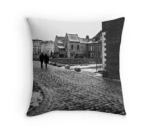 El camino Throw Pillow
