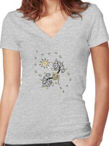 Sun Lizard Women's Fitted V-Neck T-Shirt