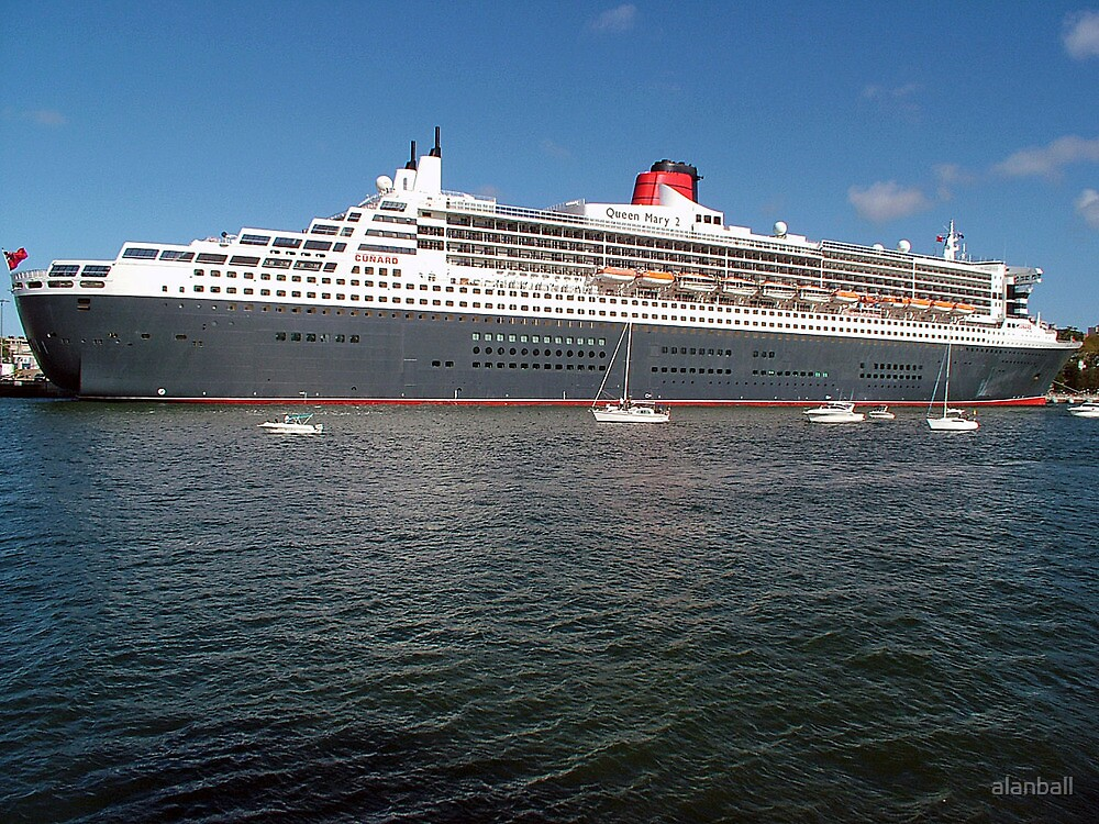 Queen Mary 2 by alanball