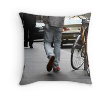 Step into my image please ... V Throw Pillow
