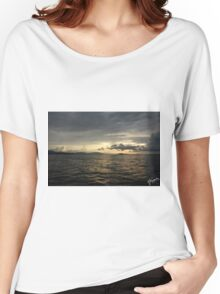 Atardecer, Isla Tortuga, Costa Rica Women's Relaxed Fit T-Shirt