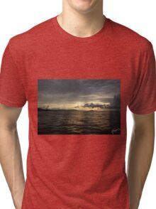 Atardecer, Isla Tortuga, Costa Rica Tri-blend T-Shirt