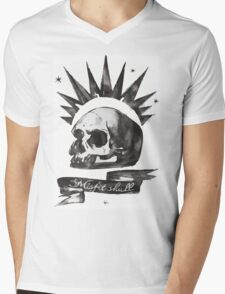 Chloe's Shirt - Misfit Skull Mens V-Neck T-Shirt