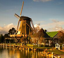Windmill Resaturant 2 by peterperfect
