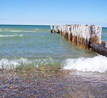 Lake Superior by Teresa Mizgala