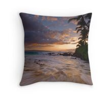 Pa'ako golden surge Throw Pillow