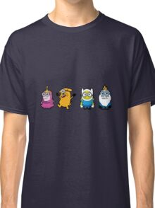Minions Time Classic T-Shirt