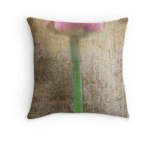 rustica tulipa Throw Pillow