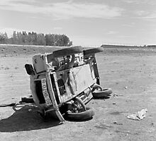 The end of a Citröen 2 CV managed by stupidity. by Rafael López