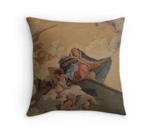 Mary with little angels Throw Pillow