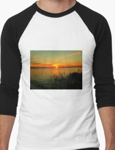 Lake Manitoba Sunrise Men's Baseball ¾ T-Shirt