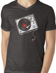 Record Player Audio Analog Vinyl Old School Music Geek Vintage Design Mens V-Neck T-Shirt
