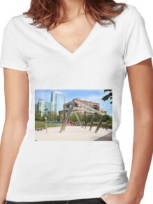 West Loop Women's Fitted V-Neck T-Shirt