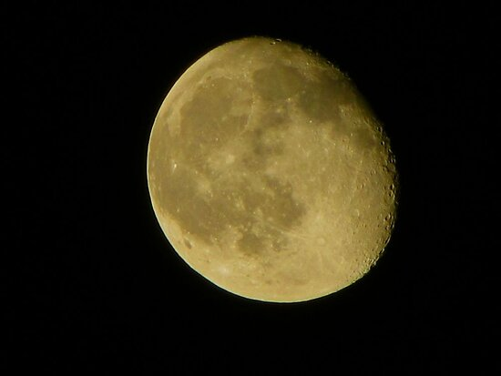 MOON 34 - Taken over Auburn Pennsylvania USA by David Dehner