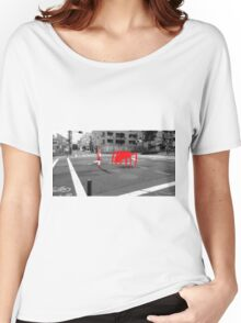 Monogatari – Red Crab Women's Relaxed Fit T-Shirt