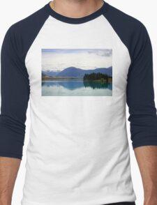 Lake Ruataniwha New Zealand landscape Men's Baseball ¾ T-Shirt