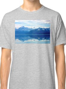 Lake Pukaki, New Zealand landscape Classic T-Shirt
