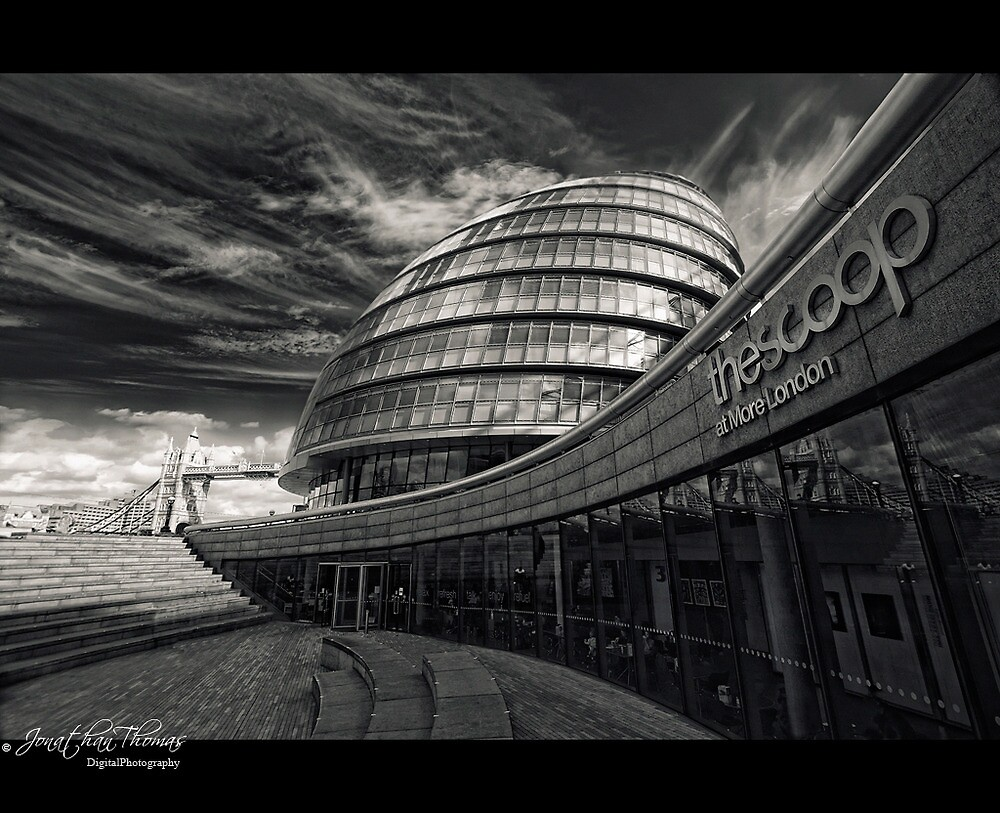 The Scoop by Jonathan Thomas