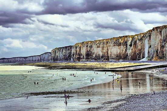 Low Tide in Saint Valery en Caux - Gleam of sun by paolo1955
