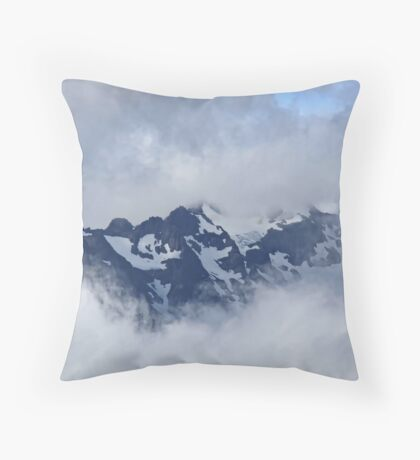 Through the clouds Throw Pillow
