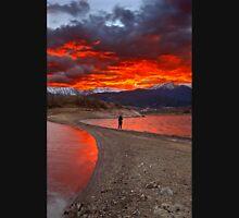 Fire in the sky - Lake Plastiras Unisex T-Shirt