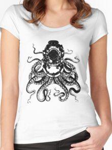 Octopus in a diving helmet Women's Fitted Scoop T-Shirt
