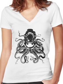 Octopus in a diving helmet Women's Fitted V-Neck T-Shirt