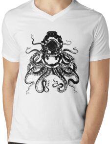 Octopus in a diving helmet Mens V-Neck T-Shirt