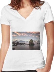 Ballintoy Afterglow Women's Fitted V-Neck T-Shirt