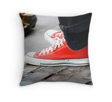 Toe-tap with me? Throw Pillow