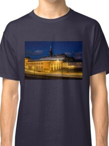Night view on Christiansborg Palace in Copenhagen, DENMARK Classic T-Shirt