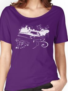 Mustang Swirl Women's Relaxed Fit T-Shirt