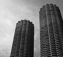 Marina City Chicago USA by Jonathan  Green