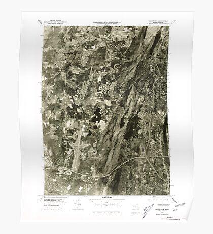 Massachusetts  USGS Historical Topo Map MA Mount Tom 351120 1975 25000 Poster
