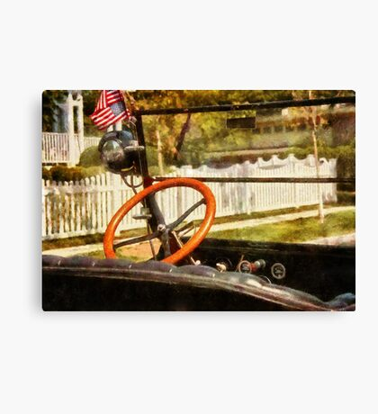Car - Back to the old days Canvas Print