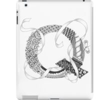 Zentangle®-Inspired Art - Tangled Alphabet - Q iPad Case/Skin