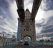 Tower Bridge by savas
