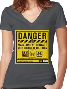 SCP 173 Warning Sign Women's Fitted V-Neck T-Shirt