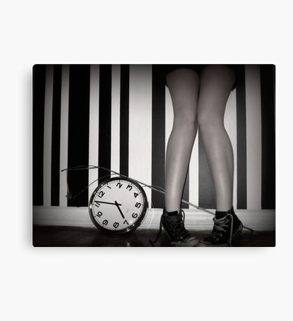 She lost track of time Canvas Print