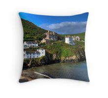 Port Isaac Harbour view Throw Pillow