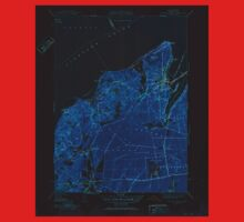 Massachusetts  USGS Historical Topo Map MA Vineyard Haven 352286 1951 31680 Inverted One Piece - Short Sleeve