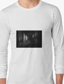 Old building Long Sleeve T-Shirt