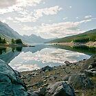 Morning on Medicine Lake by traveller
