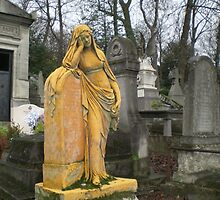 Sleeping in Pere Lachaise Paris by MagicTorch