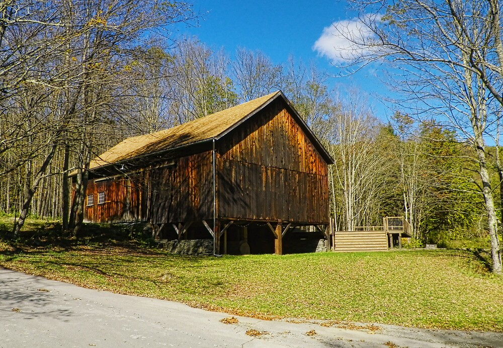 Community Barn by Pamela Phelps