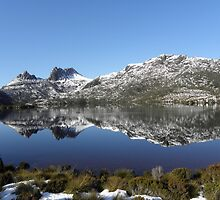 Cradle Mountain Reflection in the Snow by Paul Campbell  Photography